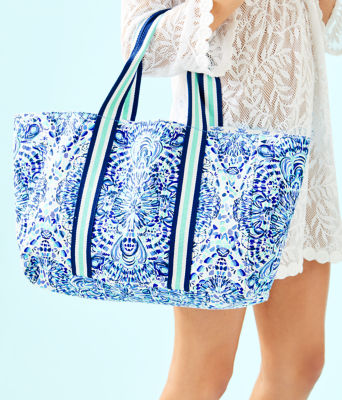 Lillys Lagoon Tote, Resort White Call My Shell Phone Engineered Tote, large 2